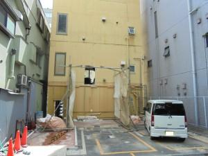 160901 新宿現場解体中